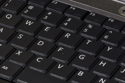 {{Information |Description=QWERTY keyboard |Source=Own photo |Date= 27 August 2007 |Author=Self: Commons user MichaelMaggs }} == Licensing == {{self|cc-by-sa-3.0}} Category:photographs by Michael Maggs [[Category:User:MichaelMa